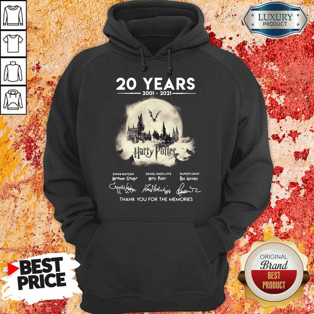 Apprehensive 20 Years 2001 2021 Harry Potter Thank You For The Memories Signatures Hoodie - Design by Eushirt.com