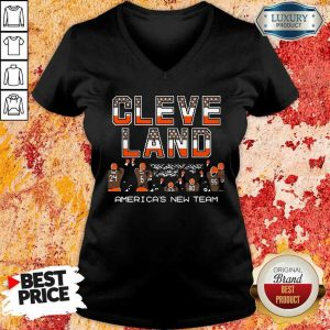 Great Cleveland Browns Americas New Team 9 V-neck