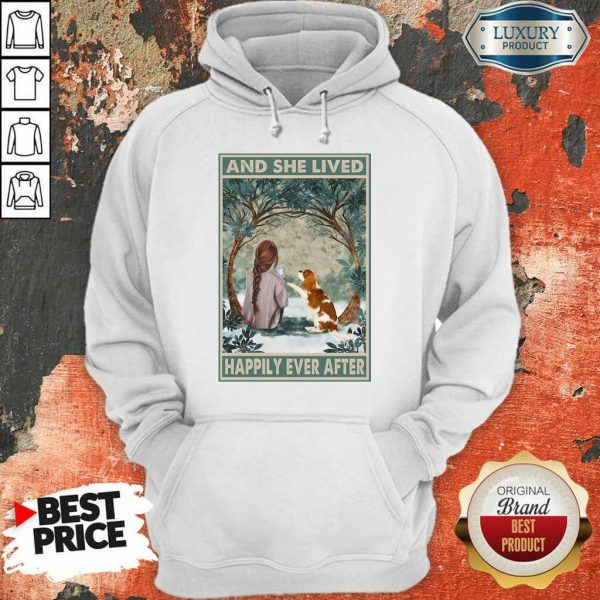 Good Spaniel Dog And She Lived Happily Ever After Poster ShirtGood Spaniel Dog And She Lived Happily Ever After Poster Hoodie